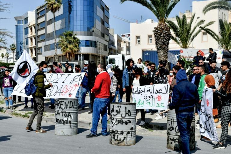 Manifestation à Soussepour le renvoi de déchets illégaux italiens, le 28 mars 2021 en Tunisie