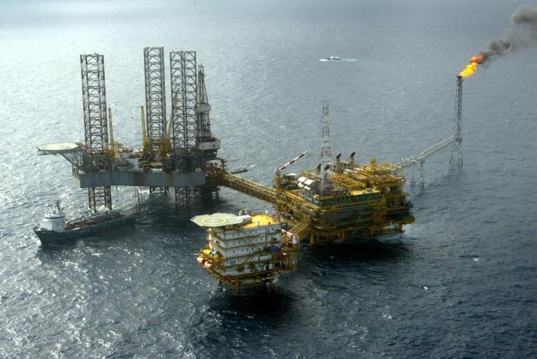 Une plate-forme offshore exploitée par Total au large du Nigeria, le 18 mai 2005