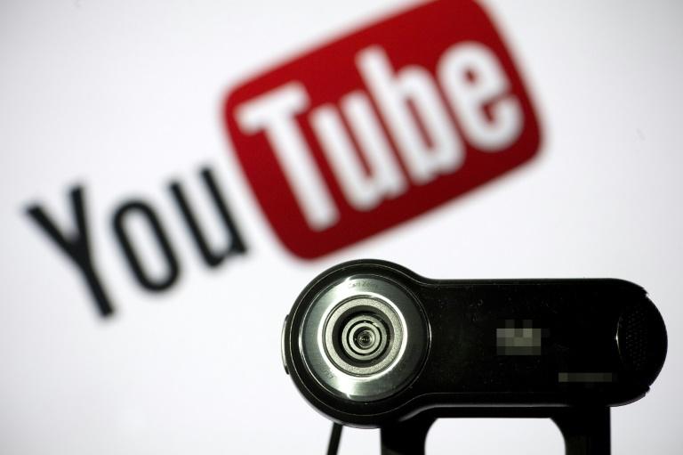 Un membre de la mafia a été arrêté en République dominicaine après avoir été repéré dans des vidéos sur YouTube où son visage était caché... mais pas ses tatouages