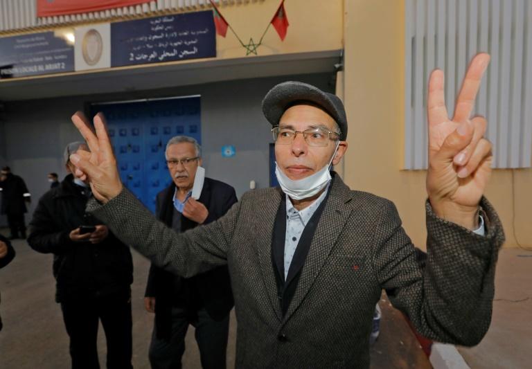 L'historien et défenseur des droits humains franco-marocain Maâti Monjib à sa sortie de prison près de Rabat, le 23 mars 2021
